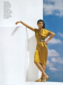 Demarchelier_US_Vogue_May_2008_06.thumb.jpg.208aeae4a887c6d2f61fb4ab188207ae.jpg