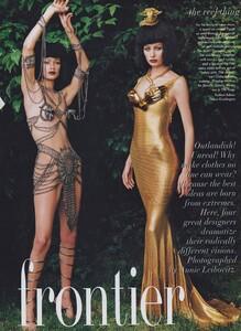 Fashion_Leibovitz_US_Vogue_September_1997_02.thumb.jpg.df9a8b57bb3b93641107207a38b737b7.jpg