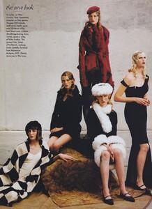 Fashion_Leibovitz_US_Vogue_September_1997_03.thumb.jpg.dc72bd1da4d7be258b47e419803d4448.jpg