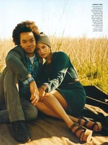 Jean_Roy_US_Vogue_May_2008_02.thumb.jpg.bdbee5904ef55d90bd76fa03339af625.jpg