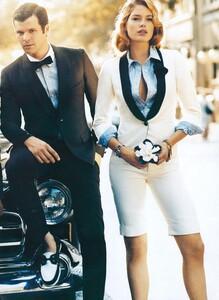 Jean_Roy_US_Vogue_November_2007_12.thumb.jpg.2a4b5897170329b534653f439671b75b.jpg