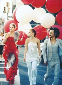 Jean_Roy_US_Vogue_November_2007_20.thumb.jpg.47d21bfae82c4b0080d7f021826224b2.jpg