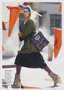 Protect_Meisel_US_Vogue_October_2006_03.thumb.jpg.df845f55c4af22382504aace6fd71741.jpg