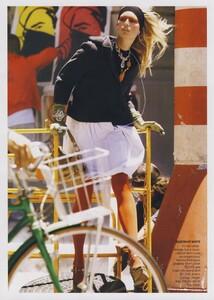 Protect_Meisel_US_Vogue_October_2006_12.thumb.jpg.e0c05288f08ed157b2afaefb859dd7cd.jpg