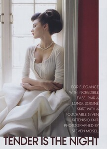 Tender_Meisel_US_Vogue_September_2010_01.thumb.jpg.f909a75624055fbc076b125d5f516712.jpg