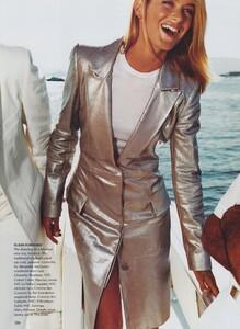 Testino_US_Vogue_September_1999_11.thumb.jpg.cb405368c17a85c3285a15e4b81e4f8a.jpg