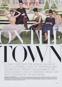 Town_Meisel_US_Vogue_September_2010_01.thumb.jpg.5699d587dba156111937d166291f55ca.jpg