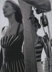 Weber_US_Vogue_November_2006_03.thumb.jpg.0893e14662e523377fab3e08582a37ae.jpg