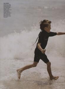 Weber_US_Vogue_November_2006_07.thumb.jpg.95332e4b87f172b7115e66e4451af7f9.jpg