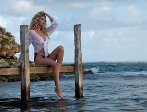 ashley-marie-dickerson_jessee-b_girlfriend-mtrl-n10-10.thumb.jpg.96518334e903d0107346d32dc1423bec.jpg