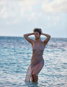 ashley-marie-dickerson_jessee-b_girlfriend-mtrl-n10-17.thumb.jpg.d98b522b30447034262e50a02377601e.jpg