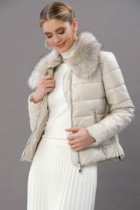 cikarilabilir-suni-kurk-yakali-puffer-ceket-dis-giyim-beyliss-5965-15-B.jpg