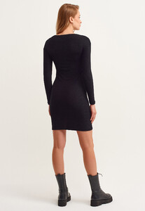 cut-out-mini-elbise_black-siyah_5_enbuyuk.jpg