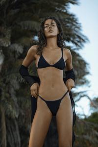 onneswimwear___B1doByWJHtjz___.png