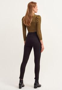 toparlayici-etkili-skinny-pantolon---tencel-_black-siyah_4_enbuyuk.jpg