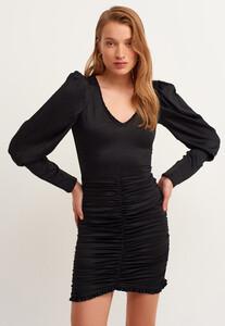 v-neck-buzgulu-mini-elbise_black-siyah_2_enbuyuk.jpg
