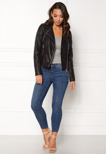 vero-moda-kerri-short-pu-jacket-black_1.jpg