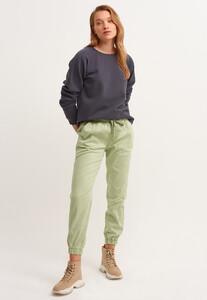 zero-neck-crop-sweatshirt_dublin-antrasit_2_enbuyuk.jpg