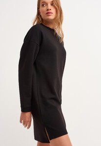 zero-neck-mini-sweat-elbise_black-siyah_3_enbuyuk.jpg