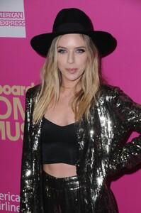 zz-ward-at-2017-billboard-women-in-music-awards-in-los-angeles-11-30-2017-9.jpg