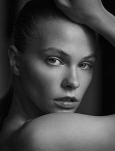 Barbora-Dlaskova-by-Alfonso-Vidal-Quadras-3.jpg