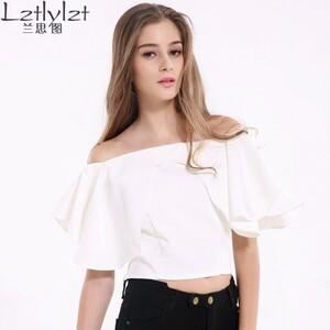 Lz-das-mulheres-fora-do-ombro-blusa-manga-flare-blusa-branca-camisa-ruffle-curto-mulheres-tops.jpg_640x640.thumb.jpg.5bf4a4beab69eec8fdb859ff29409c73.jpg