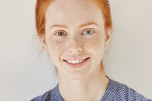 close-up-portrait-beautiful-young-redhead-model-with-different-colored-eyes-healthy-clean-skin-with---teeth-posing-indoors-heterochromia-human_273609-1830.thumb.jpg.b4abd3e222531a328ad89ec9c5a9f1a0.jpg
