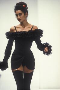 dolce-gabbana-ss-1992-3.thumb.jpg.fc0726d0d079e2d7741913a2e3e27437.jpg