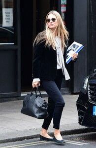 kate-moss-out-and-about-in-london-04-22-2021-1.jpg