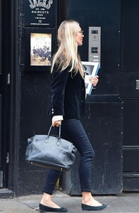 kate-moss-out-and-about-in-london-04-22-2021-3.jpg