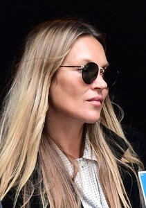 kate-moss-out-and-about-in-london-04-22-2021-4.jpg