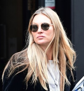 kate-moss-out-and-about-in-london-04-22-2021-6.jpg