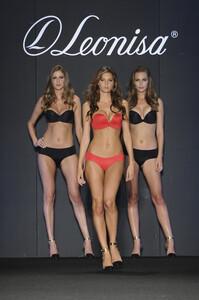 leonisa-lingerie-colombia-moda-2013-36.jpg