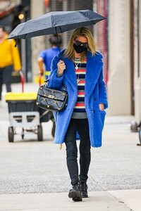 nicky-hilton-out-in-new-york-04-12-2021-0.jpg