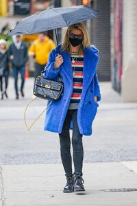 nicky-hilton-out-in-new-york-04-12-2021-5.jpg