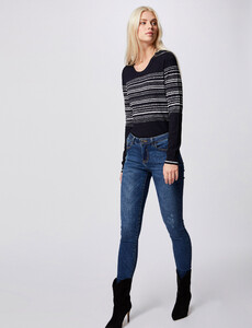 pull-manches-longues-a-rayures-marine-femme-d2-32536300846690301.jpg