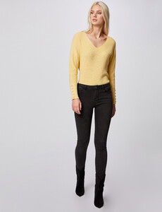 pull-manches-longues-avec-boutons-jaune-femme-d2-32536300846300400.jpg