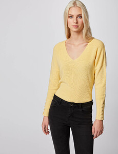 pull-manches-longues-avec-boutons-jaune-femme-or-32536300846300400.jpg