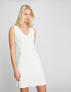 robe-pull-droite-col-avec-bord-festonne-ecru-femme-or-32536300856670201.jpg