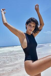 saint-body-2020-summer-essentials_13.thumb.jpeg.0369f73aa29b2477b59d5d96de83da67.jpeg