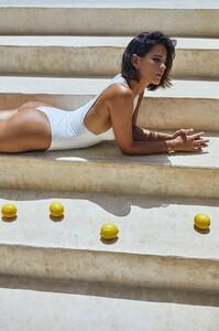 saint-body-2020-summer-essentials_7.thumb.jpeg.5d4a2faccce9d233c25d27215b8aea23.jpeg