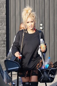saweetie-leaves-a-workout-session-in-la-04-11-2021-0.jpg