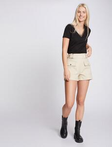 t-shirt-manches-courtes-avec-col-en-v-noir-femme-d2-32536300848850100.jpg