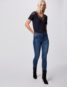 t-shirt-manches-courtes-avec-dentelle-marine-femme-d2-32536300846780301.jpg