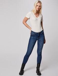 t-shirt-manches-courtes-details-strass-ecru-femme-d2-32536300850750201.jpg