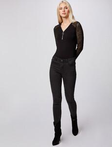 t-shirt-manches-longues-en-dentelle-noir-femme-d2-32536300846620100.jpg