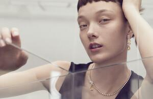 Marcus-Ohlsson-Vogue-Hong-Kong-Yumi-Lambert-5.jpg