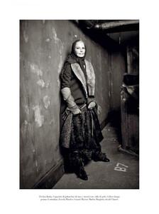 Meisel_Vogue_Italia_October_2011_11.thumb.jpg.dc12b9a93fffe48c02bc8dc5f0cade5e.jpg
