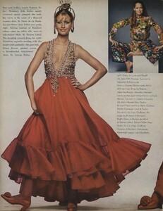 Penati_US_Vogue_January_1st_1969_05.thumb.jpg.d39ae00fa2f02b14f6a8a891d6b8ed31.jpg