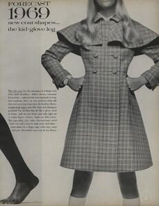 Penati_US_Vogue_January_1st_1969_14.thumb.jpg.f4b344447a7d73f3fcf6c03dc1f9cfda.jpg